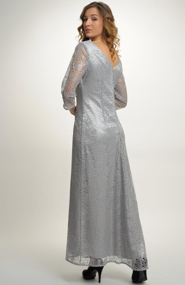 6ce8bdd2bfe ... Luxusní dlouhé plesové šaty