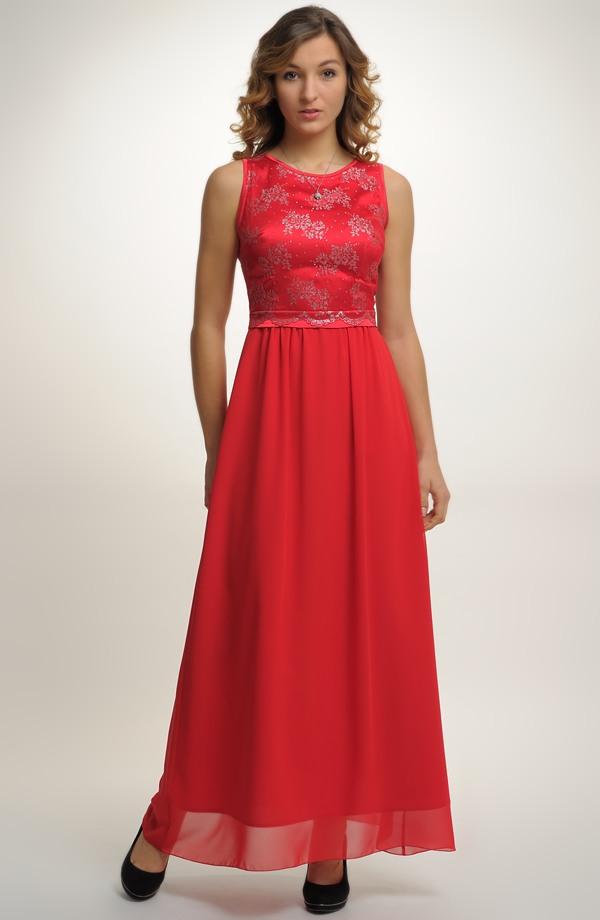 Dlouhé společenské šaty vhodné na ples ... bdc0a12e94