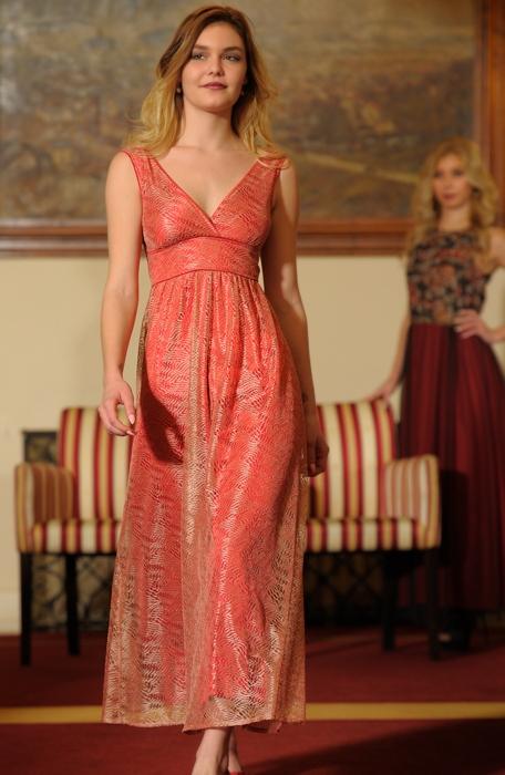 c5e0b44da53 ... Šaty plesové s štíhlým pasem a nabíranou sukní