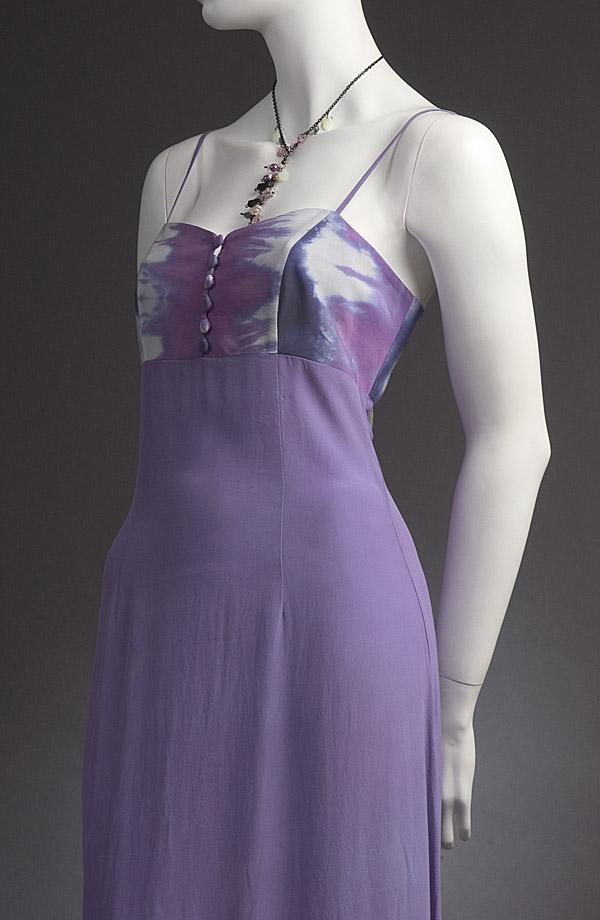 Letní společenské šaty na ramínka jsou ručně batikované. d2455fe5fe