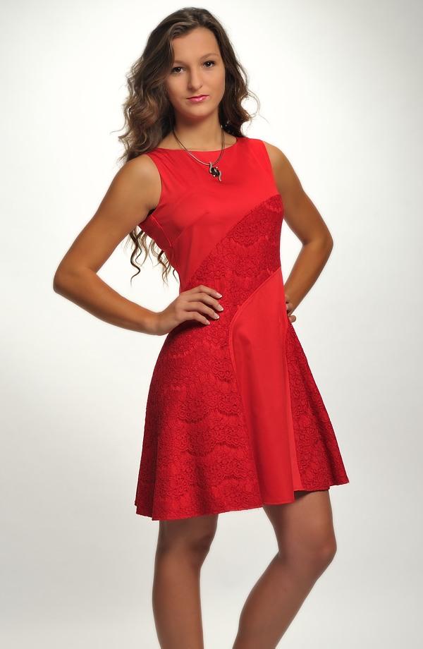 fe04b220096f ... Dívčí červené šaty do tanečních s krajkou ...