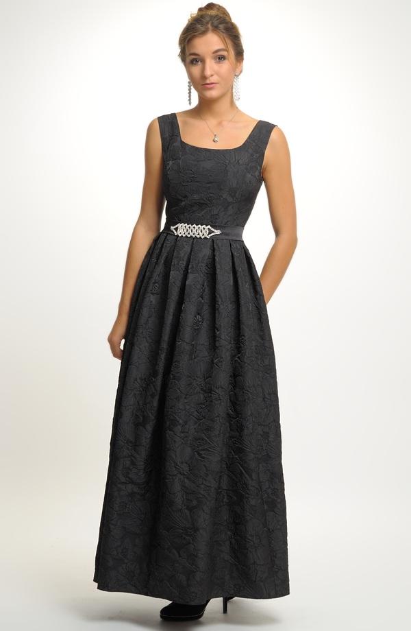 Luxusní černé dlouhé společenské šaty 52bf42512d