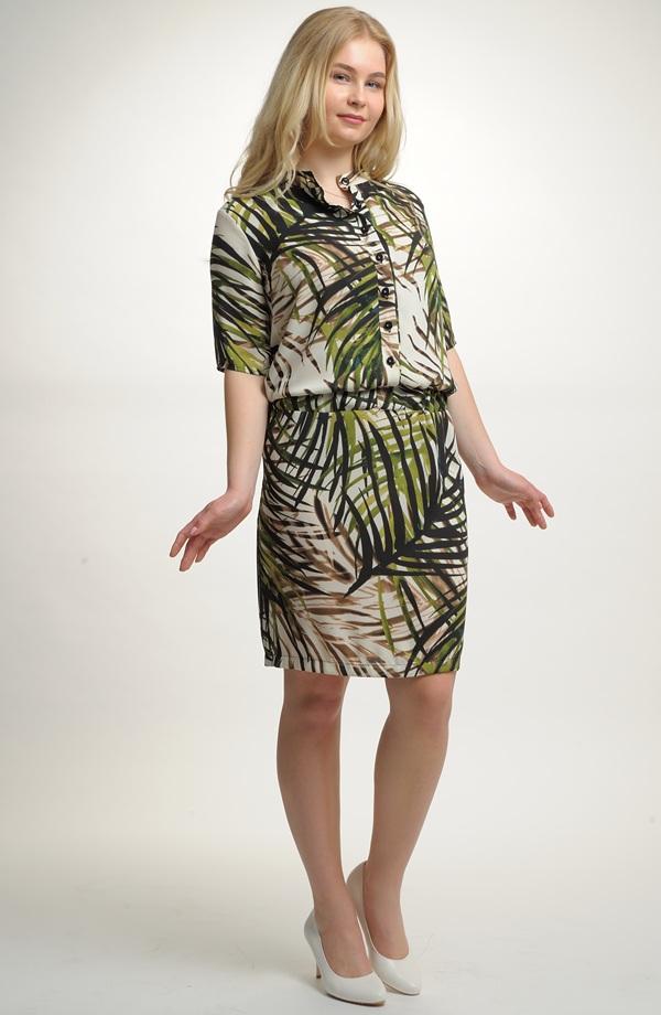 Dámské koktejlové šaty s módním vzorem Dámské koktejlové šaty s módním  vzorem ... 2c4ca7b9db