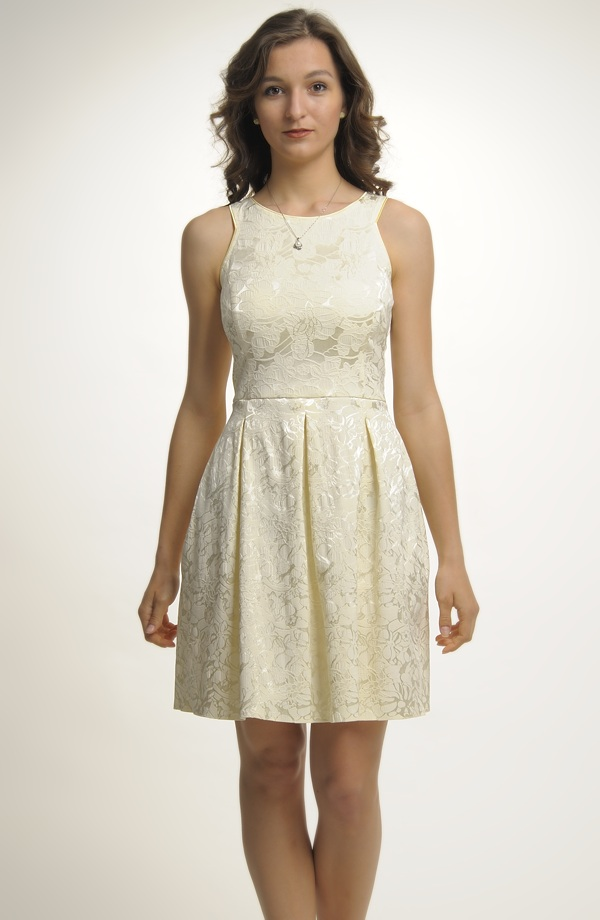 3864841951d4 Krátké pastelové šaty na širší ramínka ...