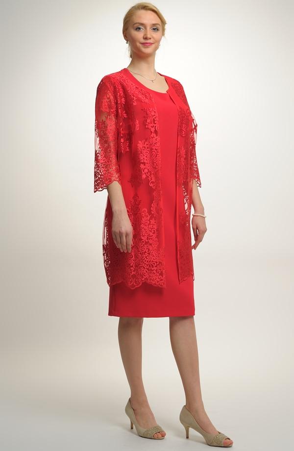 b5f28429be2 Luxusní společenský model - šaty s krajkovým kabátkem ...