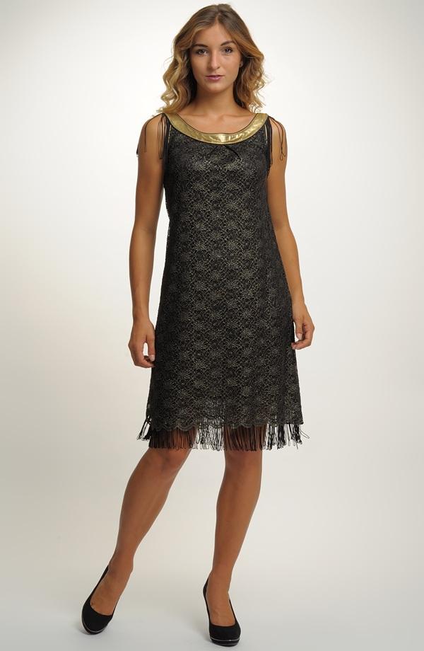 Krátké šaty v duchu módy filmu Velký Gatsby ... 40d9b1ab72