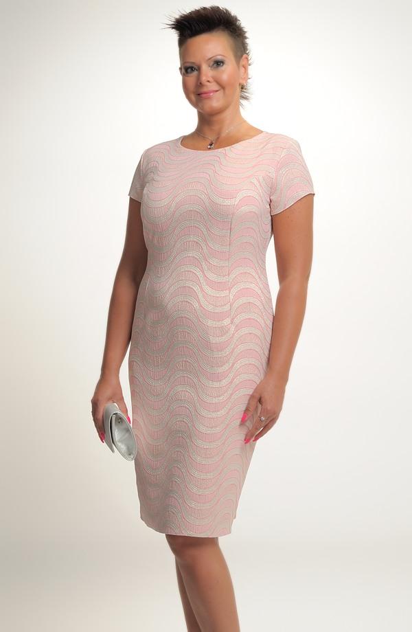 bb614cb6344e Společenské pouzdrové šaty