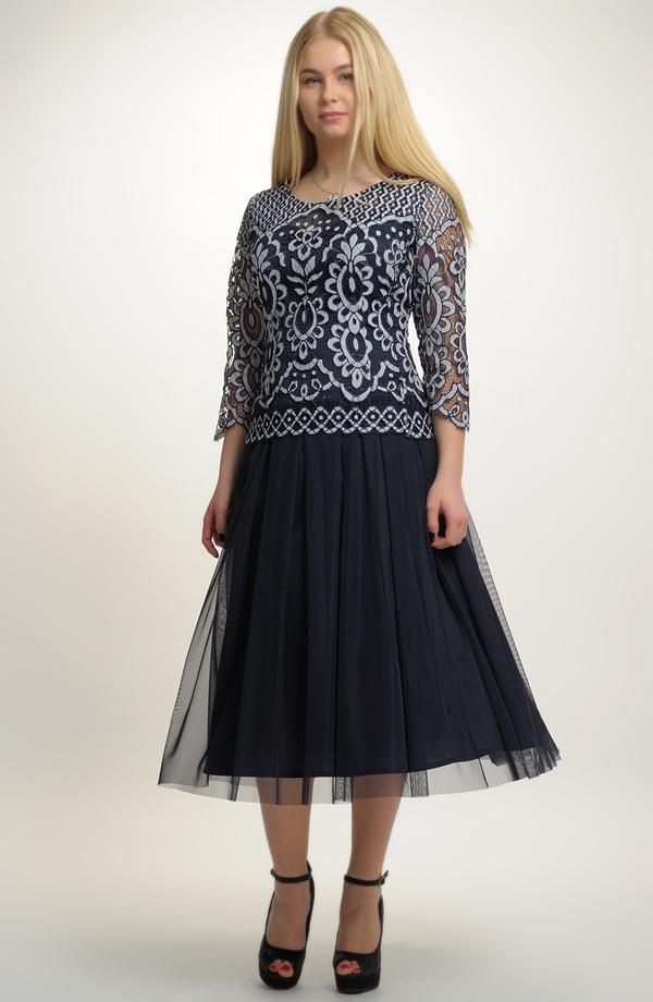Elegantní dámské společenské šaty pro plnoštíhlé 8e75d049744