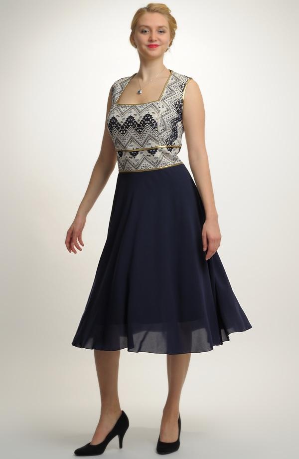 4dbb42f03ba Krátké plesové šaty s elegantní kolovou sukýnku