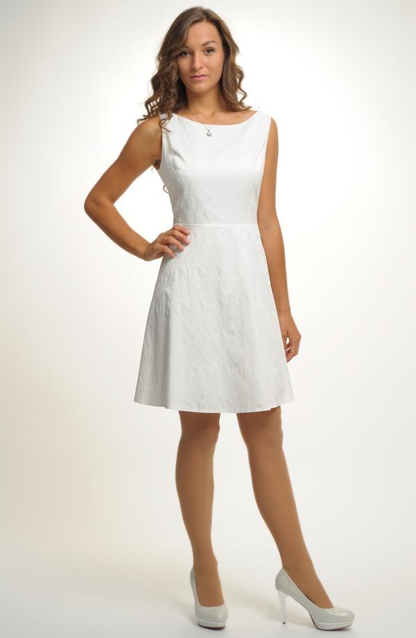 Dívčí společenské šaty vhodné i jako svatební ... 0a65c57fa7