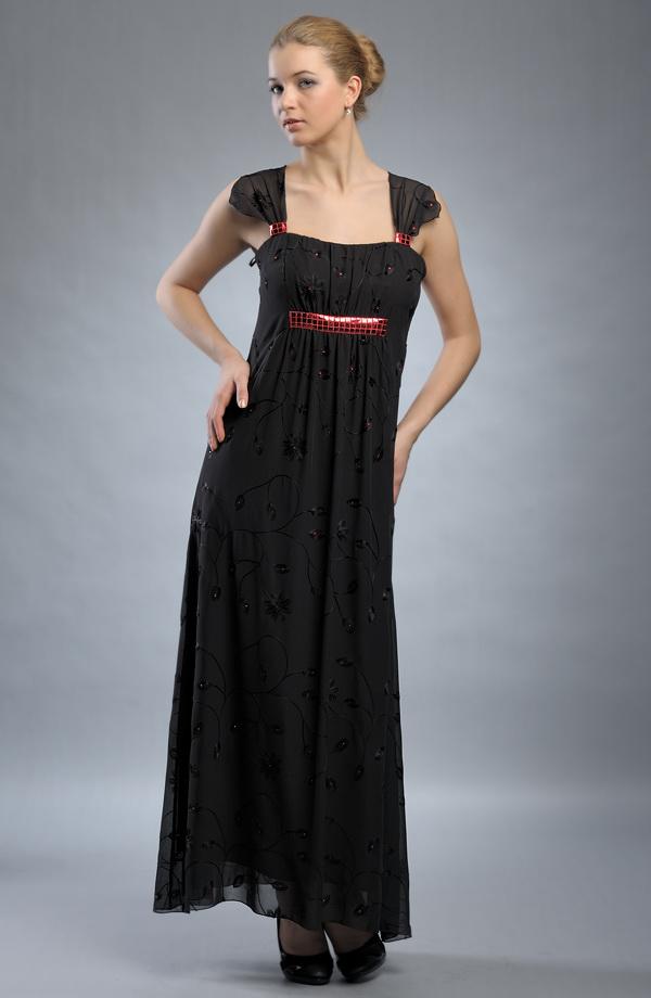 Večerní šaty s řasením zdobené černou výšivkou - VÝPRODEJ ... d7302e82ae4