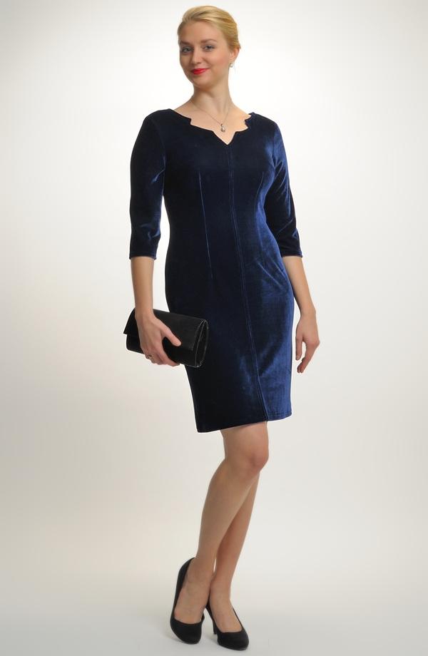 b454ec96a50 Dívčí maturitní šaty