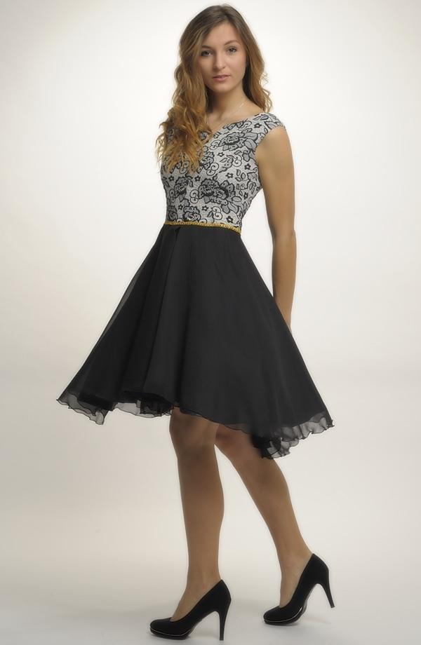 d17e9cf6789b Asymetrické šaty na maturitní ples