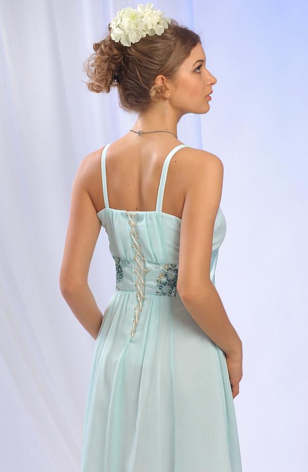 38 Dívčí letní společenské šaty vhodné na svatbu a jiné letní společenské  akce d332de03892