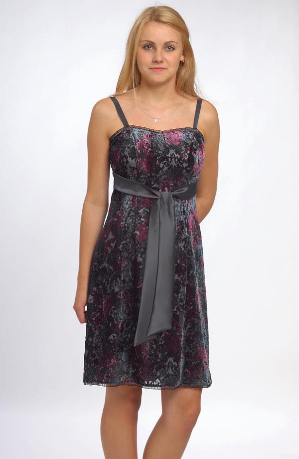 25a3069906a Dívčí krátké levné společenské šaty velikost 38 - výprodej.