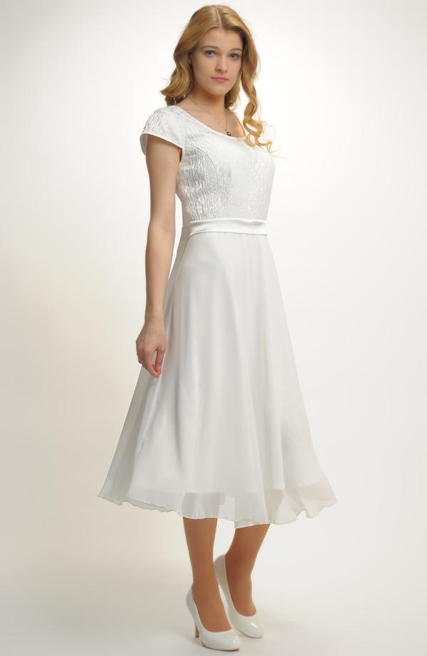 Empírové šaty ze zajímavého materiálu Empírové šaty ze zajímavého materiálu  ... 4435399a70