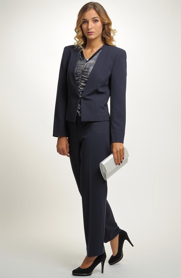 Nově nabízíme dámské kalhotové kostýmy i v rozměrech XL a až do větších  velikostí 48 ad8d800f09